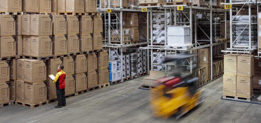 Branch office Bremen: high-performance warehouse - DHL