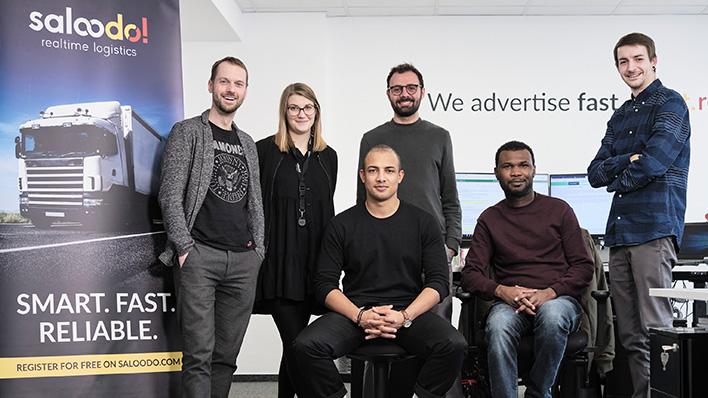 Alt-Text: The marketing team of the digital freight platform Saloodo! keeps it present in social media. It also provides digital communication for customs expert Gerlach.