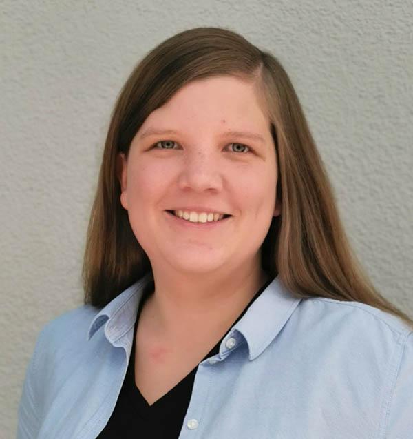 Annika Fischer von DHL FoodLogistics managt alle Prozesse für ihre Kunden aus der Lebensmittel-Logistik per Control Tower.ntrol Tower.