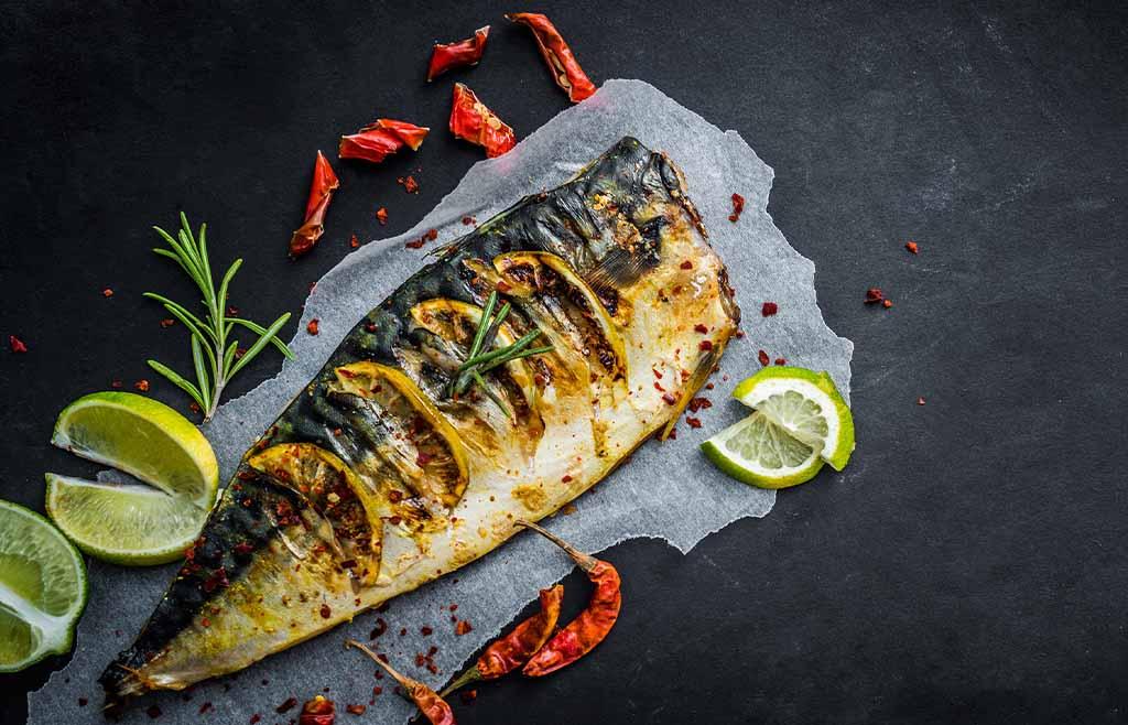 Gegrillt statt frittiert: schmeckt genauso und spart Fett.