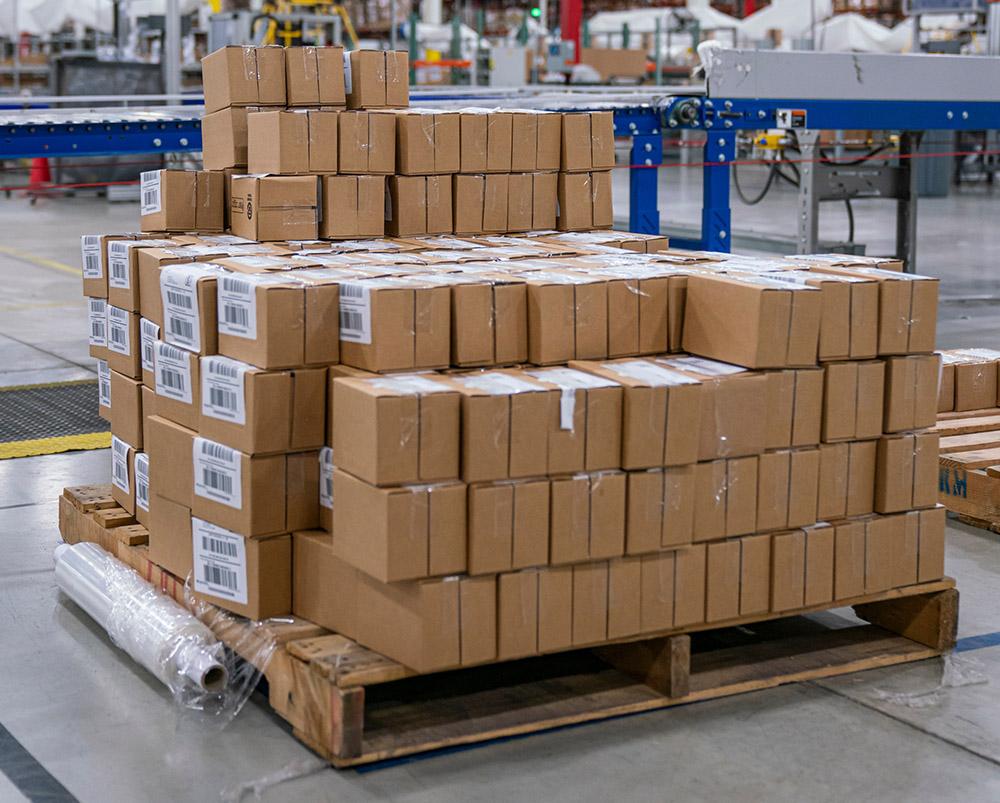 Nachhaltig und robust: DHL Freight setzt beim Transport auf die Europalette.