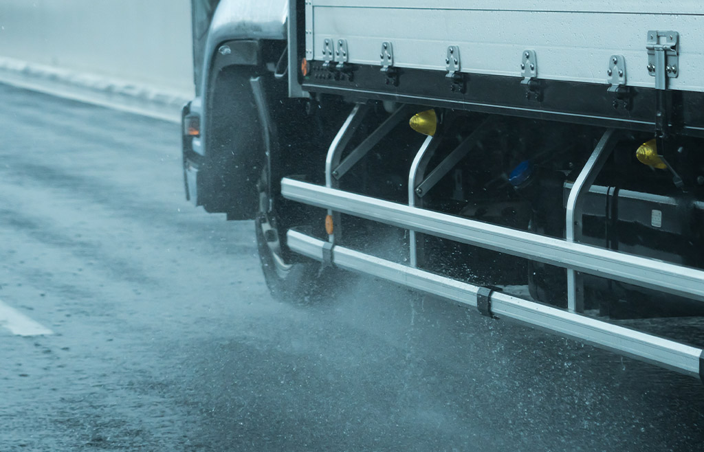 Truckers on the highway tipps for difficult situations